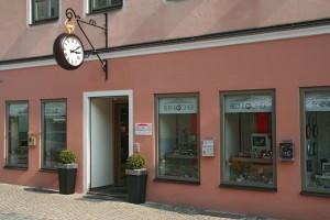 Bernlocher Uhren Schmuck